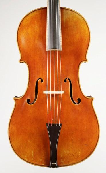 Jay Haide à l'ancienne Violoncello Piccolo
