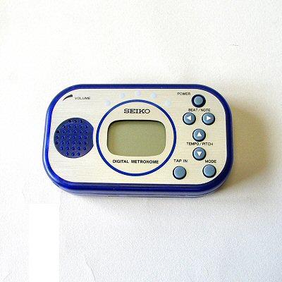 Seiko model DM100 metronome